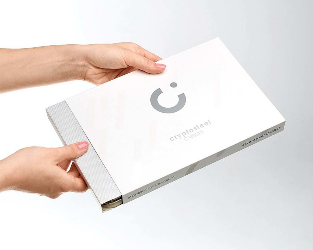 cryptosteel-capsule-packaging-1030x822-min