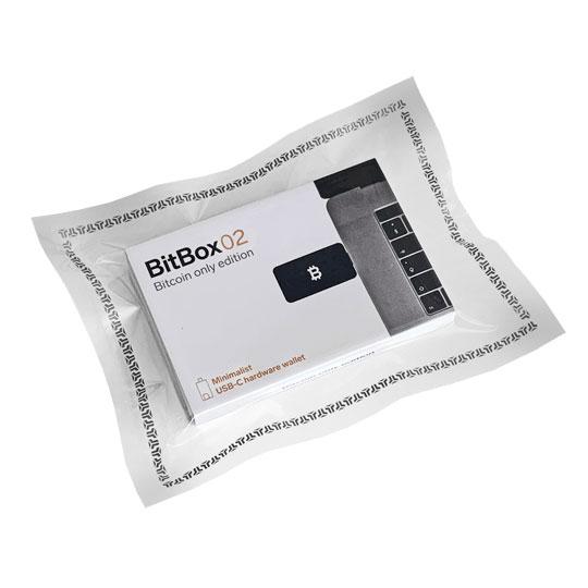 obzor-bitbox02-04-min-j