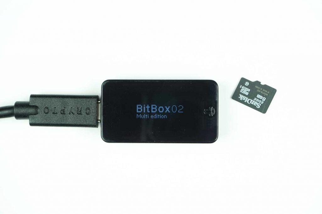 obzor-bitbox02-45-min