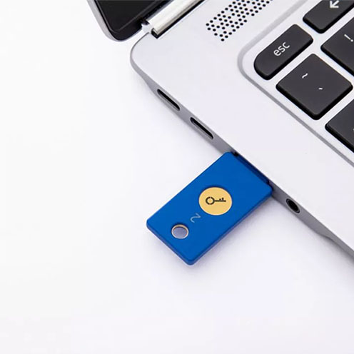 yubikey-security-key-03
