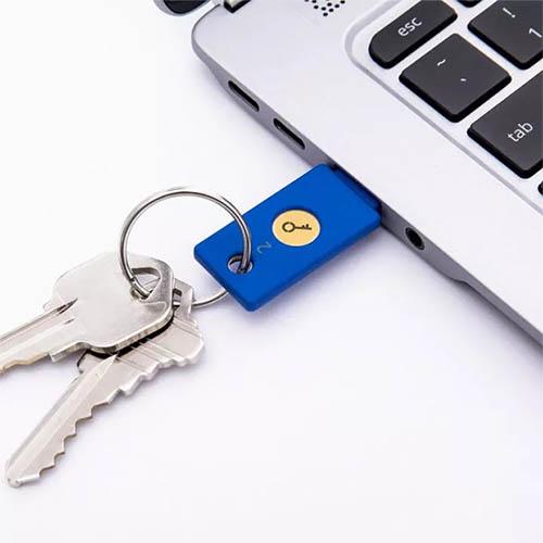 yubikey-security-key-04